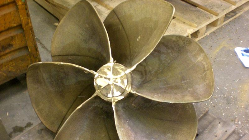 Produzione industriale di eliche per la nautica - Eliche Radice